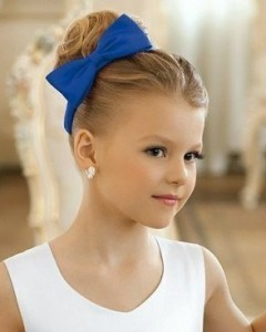 Прически для девочек на длинные волосы35