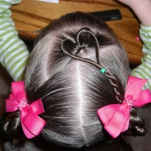 Прически для девочек на длинные волосы9