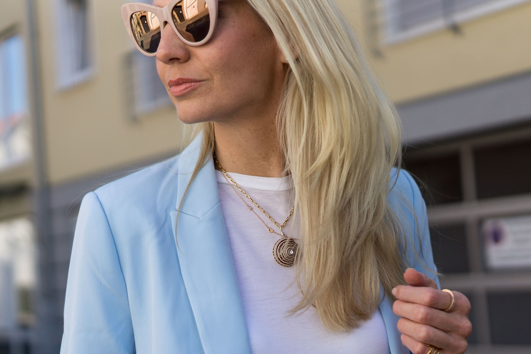 Wald Berlin necklace and Stella McCartney sunglasses