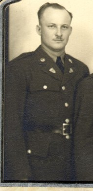 photo portrait of Larry Mickow in uniform WWII