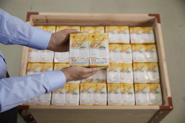 Национальный банк Швейцарии выпускает новые франки