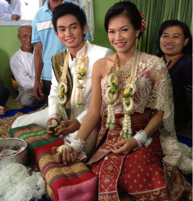 Thai wedding - with sin sod