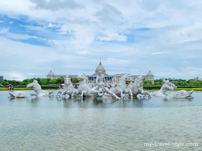 奇美博物館(Chimei Museum)のアポロンの広場