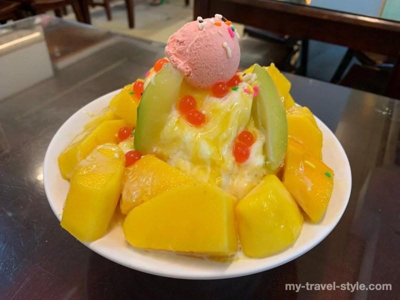 府城冰館のマンゴーかき氷