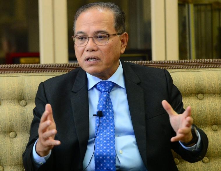 Menteri Besar Pahang, Dato Sri Wan Rosdy