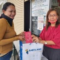 Teresa Kok 'Main Wayang' Bantu Bekas Pramugari