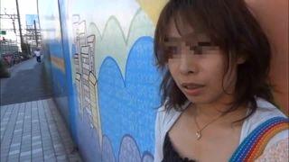 【個人撮影】自撮りオナニーをSNSにアップして17000人以上のフォロワーにオマンコ晒す変態人妻