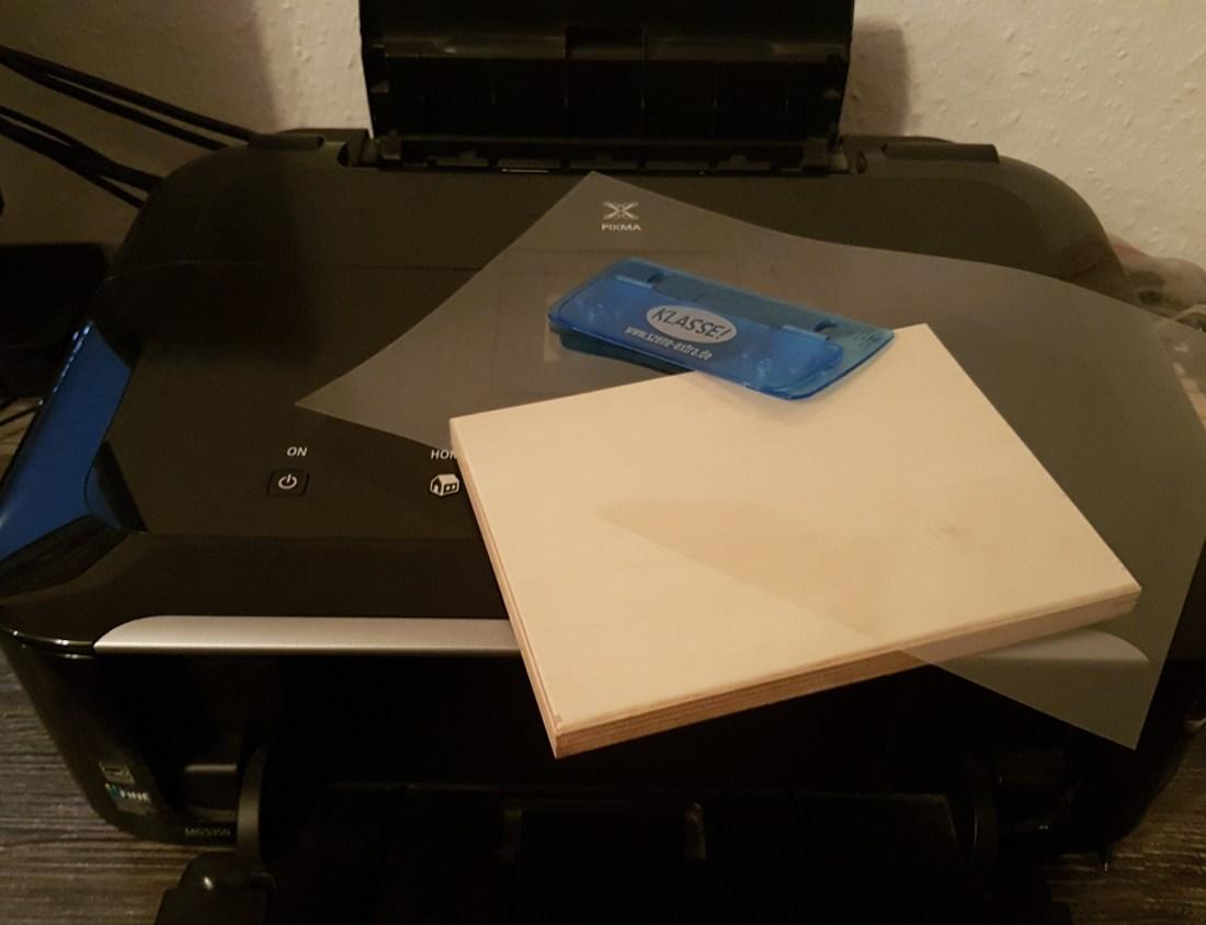 Material-zum-bedrucken-von-Holz