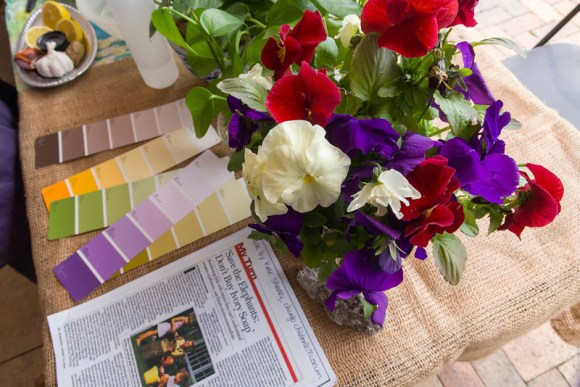PHOTO: A variety of paint chip cards with flowers that match the colors on the chips.