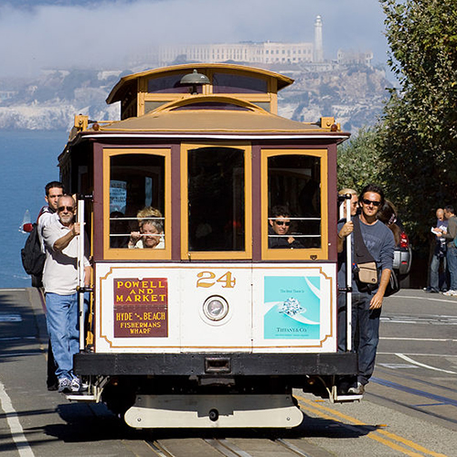 PHOTO: San Francisco cable car