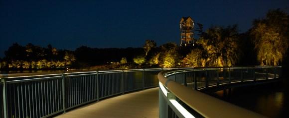 PHOTO: The Serpentine Bridge at night.