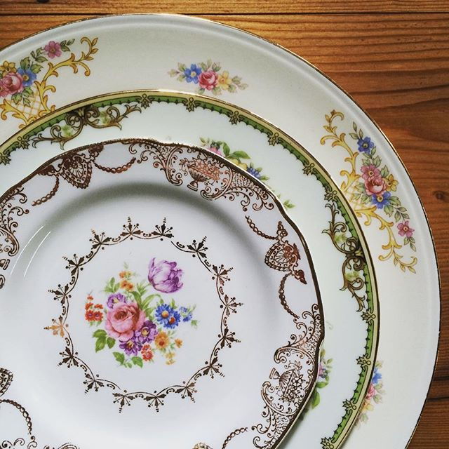 Good morning, beautiful!!! #vintage #vintagerentals #gold #aCreativeDC #eventstyling #antique #vintagechina #yesplease