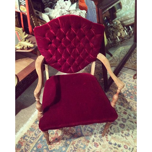 Out picking for new inventory and found this gem.  I think we need her, don't you???   #vintage #vintagerentals #antique #picking #dc #svrbeauties #vintagefurniture #interiors #acreativedc #dcwedding #velvet #notahoarder