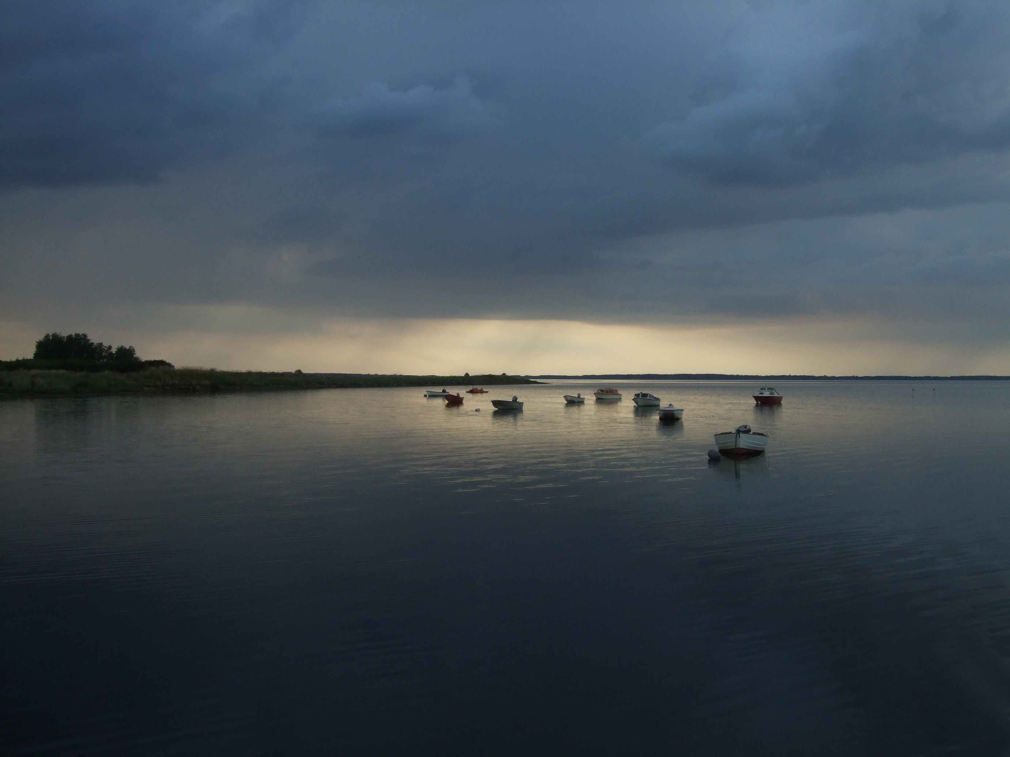 eveninglight at boats