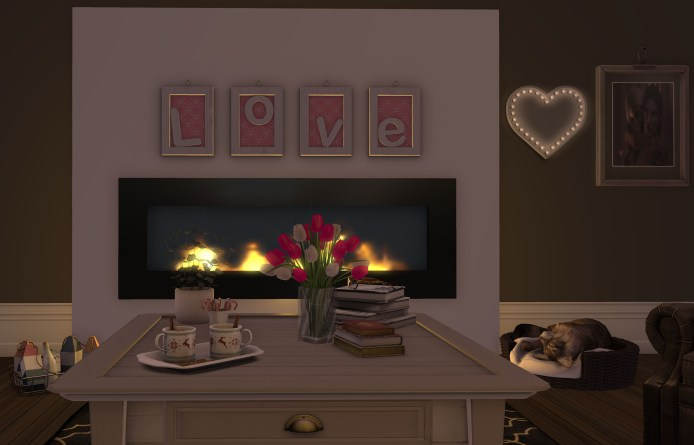 Love frames, 3 prims, 7 Texture change