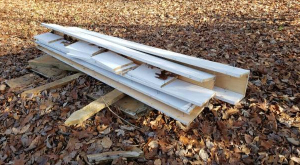 Pile of Wood for sale / Free