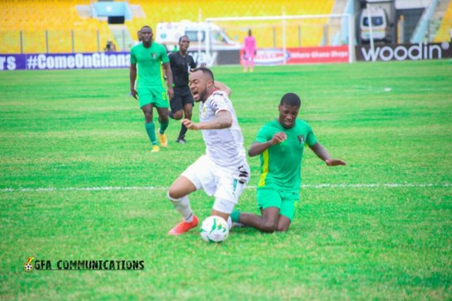 Jordan Ayew goes down in the box during Ghana's AFCON qualifier against Sao Tome and Principe at Accra Sports Stadium, 28th March 2021