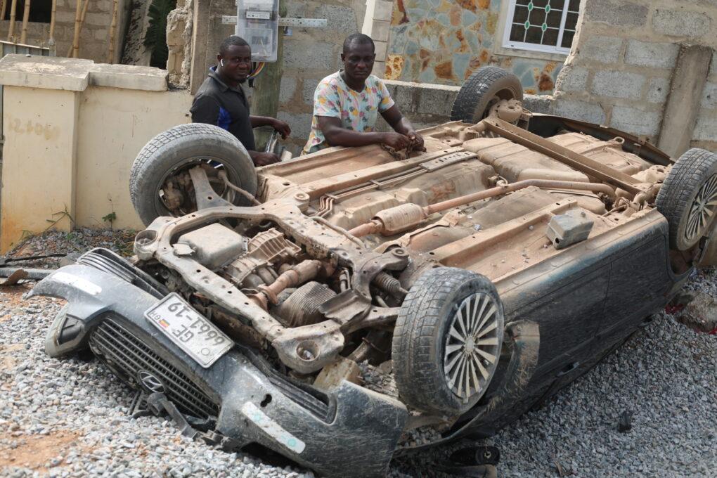 ACCIDENT: Speeding Hyundai Summersaults On Pokuase-Ablekuma Highway