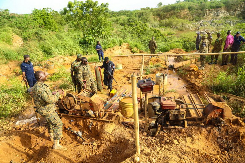 Chief of Defense Staff Applauds Soldiers For Anti-Galamsey Fight On River Pra
