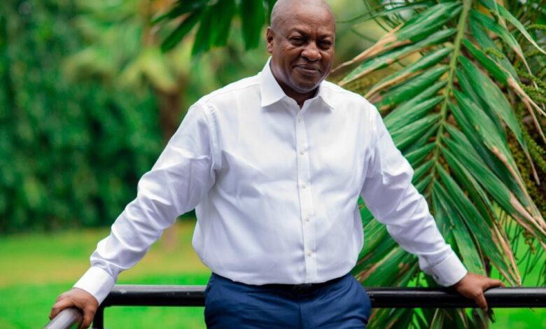 John Mahama donates GH¢50,000 to RTU to prepare for Premier League return