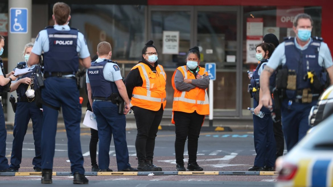 Police kill 'terrorist' who stabbed 6 people in a supermarket