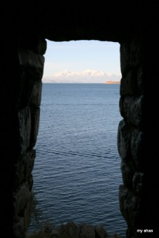 Pefectly framed views within the ruin of Pilko Kaina