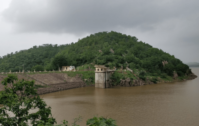 Shamlaji Dam