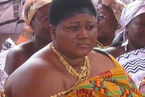 Queen mother of Mampong, Nana Agyakomaa Dufie II