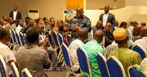 President Akufo Addo speaking to some Ghanaians in Togo