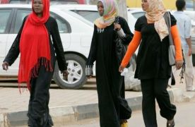 Sudanese women arrested for wearing trousers