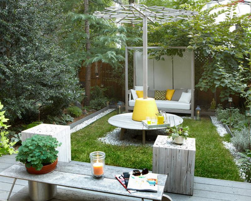 20 Tiny But Really Charming Backyard Designs