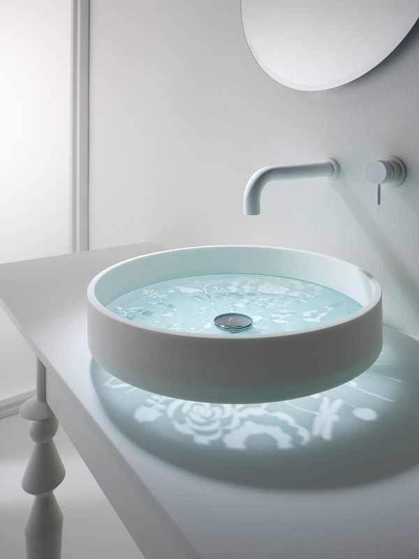 15 Extraordinary Futuristic Sinks That Will Fascinate You on Modern:kkgewzoz5M4= Small Bathroom  id=97014