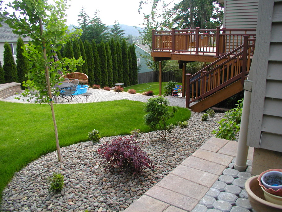 Wonderful Minimalist Backyards You Will Love To See - Page ... on Backyard Landscape Designers Near Me  id=57049