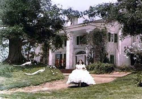 Image result for SCARLETT O'HARA AND TARA IN GWTW