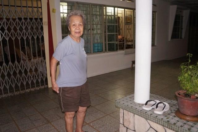 mini-Blacky's new Grandma