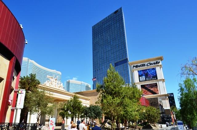 14f ယခင္က နာမည္ႀကီး Monte Carlo Hotel