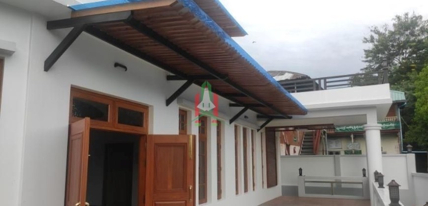 House For Sale In 7.5 Miles, Mayangone Township.