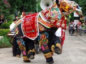 elephant-dancing-festival