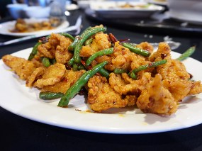 Crispy fried chicken with some nice heat around the edges. Better than their Chung King chilli chicken if you're looking for a crispy chicken dish.