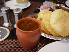 Excellent rasam with pappadum.