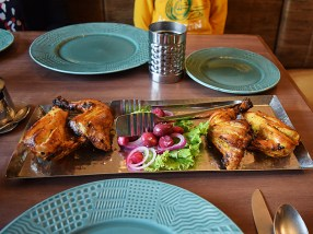 Tandoori chicken for the boys; it was a little bit spicy for them but it was quite good indeed.