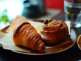 Olive + Gourmando: Croissant
