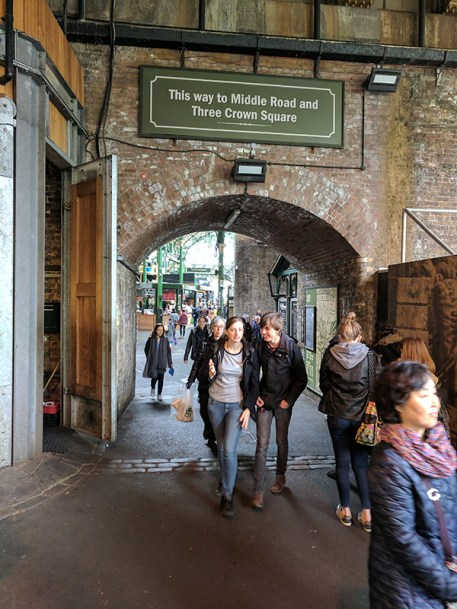 Borough Market: Crossing the street