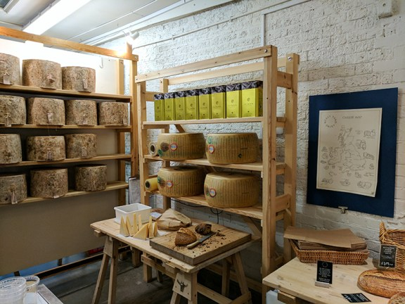 Neal's Yard Dairy, Borough Market: Cheese and Oil