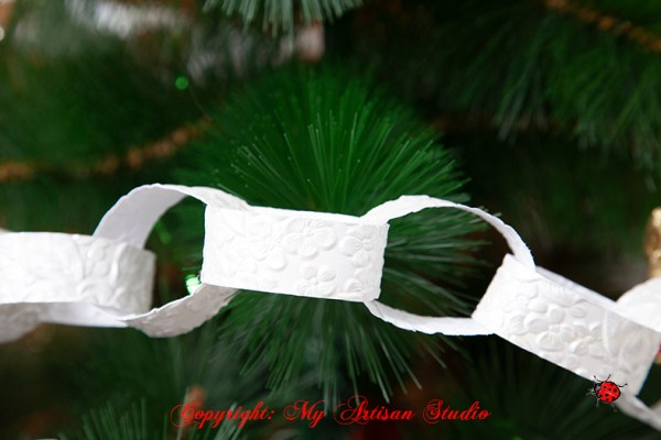 Paper chain party Christmas decorations Hand Made Gifts Ballarat
