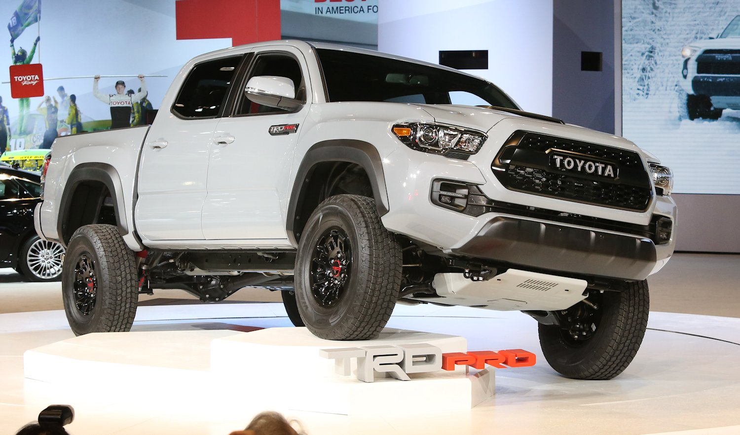 all new 2017 toyota tacoma trd pro. Black Bedroom Furniture Sets. Home Design Ideas