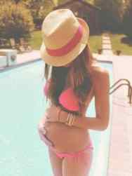 Pregnancy Photos 8