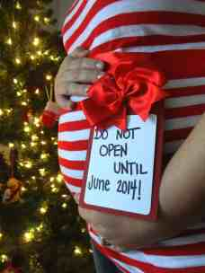 Christmas Pregnancy Announcement 17