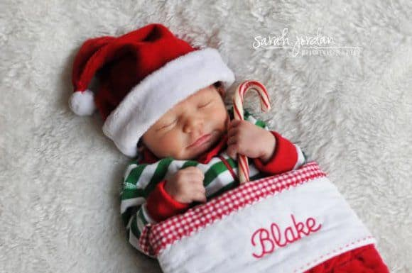 Newborn Christmas Pictures 14