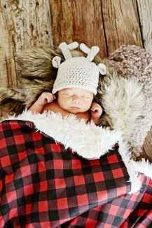 Newborn Christmas Pictures 34